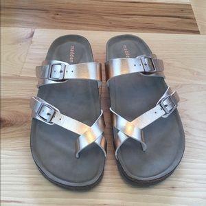Madden Girl Rose Hold Sandals. Size 8. NWOT.